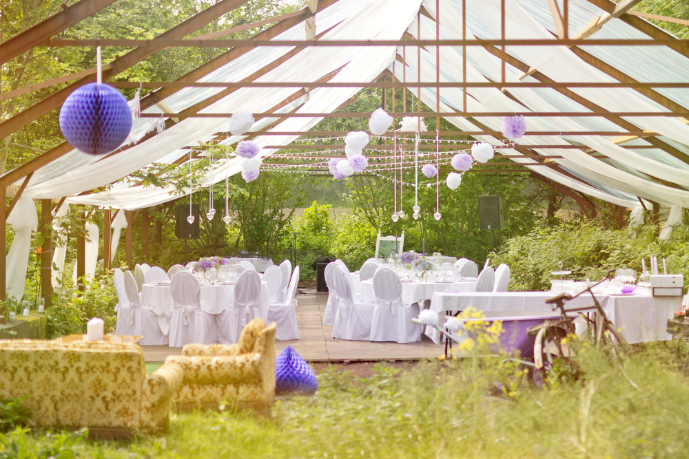 How To Avoid Disasters At Your Outdoor Wedding: Avoid Disaster When Planning An Outdoor Event